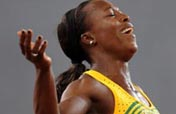 Jamaica´s Campbell-Brown wins women´s 200m gold