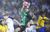USA wins women´s soccer title at Beijing Olympics