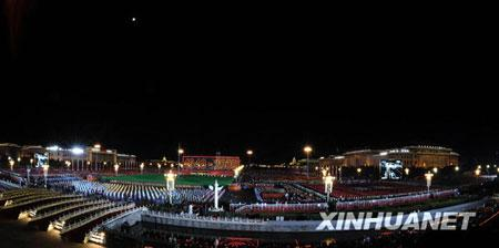 TheNationalDayEveningGalabeginsat20:00,ontheTian'anmenSquareinBeijing,Oct.01,2009.