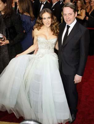 Actress Sarah Jessica Parker and husband actor Matthew Broderick arrive at the 81st Academy Awards in Hollywood, California Feb. 22, 2009.(Xinhua/Reuters Photo)