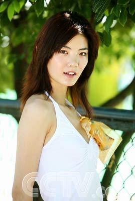 2006《第七届cctv模特电视大赛》官方网站 > 正文    女模季军-石婷