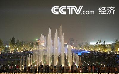 专家们对大雁塔北广场这张靓丽的西安名片给予了高度评价.