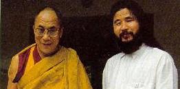 达赖竟和纳粹、日本邪教教主麻原有染