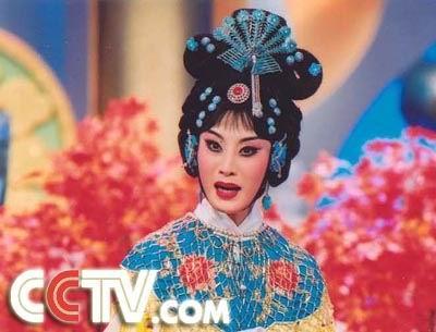 新闻频道/京剧《嫦娥奔月》表演者:张火丁
