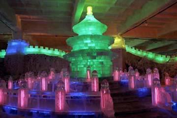 哈尔滨太阳岛公园室内冰雪艺术馆正式开门迎客