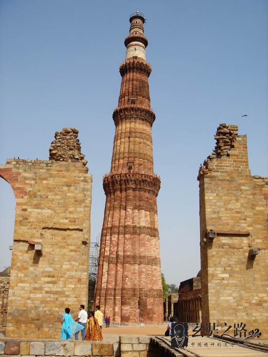 新德里南郊的古代高塔
