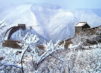 长城雪景高清图片