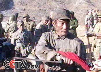 这次在《太行山上》梁家辉扮演的是八路军独臂团长
