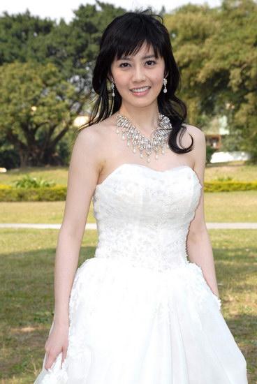 韩瑜婚纱图 - 水无痕 - 明星后花园