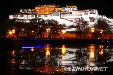 The Potala Palace in Lhasa, capital city of southwest China's Tibet Autonomous Region, turns on glorious lights when the night falls as shown in this photo published by Xinhua. This March 28th marks the 50th anniversary of the emancipation of Tibetan serfs. A grand evening gala was staged in Beijing to mark the occasion. [Photo: Xinhuanet]