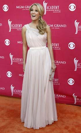 Singer Carrie Underwood arrives at the 44th Annual Academy of Country Music Awards in Las Vegas April 5, 2009. [Photo: Agencies