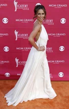 Actress Jennifer Love Hewitt arrives at the 44th Annual Academy of Country Music Awards in Las Vegas April 5, 2009. [Photo: Agencies]