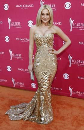 Country music artist Kellie Pickler arrives at the 44th Annual Academy of Country Music Awards in Las Vegas April 5, 2009. [Photo: Agencies]