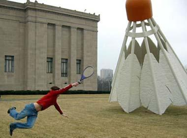 Big badminton (Photo: Xinhuanet Forum)