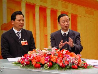 """""""两会""""特别报道:关注农村义务教育(2007.3.10)"""
