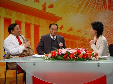 """""""两会""""特别报道:关注农村扶贫(2007.3.12)"""