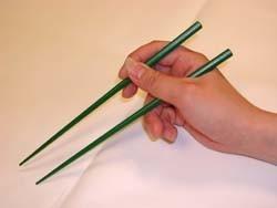 Cctv utilisation des baguettes chinoises - Comment tenir des baguettes chinoises ...