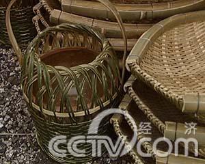 竹子巧加工(1)这里的竹编比黄金(2008.01.01)(组图)图片