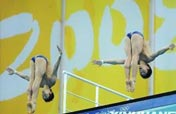 Chinese win 10m synchronized diving gold