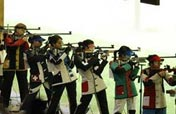 Shooters compete during women´s 50m rifle qualification