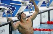 American Lochte breaks world record to win men´s 200m backstroke gold