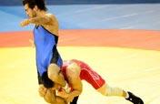Wrestling: Arms stronger? Legs stronger!