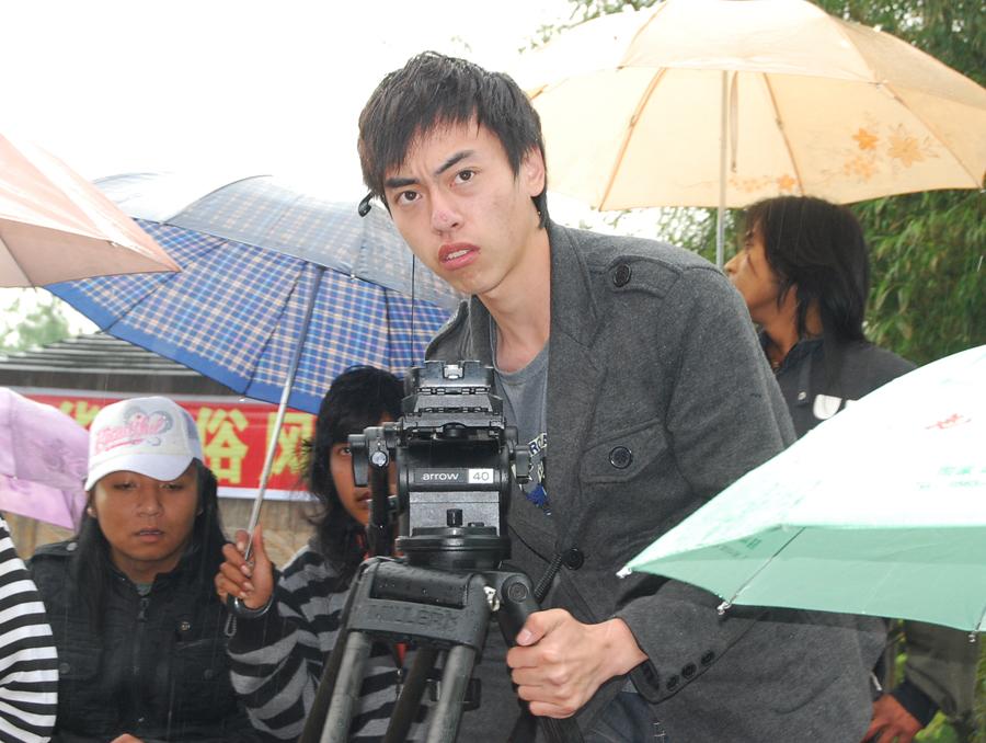 王超/2009年4月24日《倒立王》表情痛苦