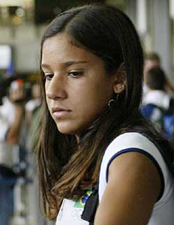 巴西泳坛性丑闻 9岁天才小美女遭性侵犯图