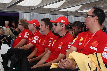 天长地久的友谊在F1摩托艇世锦赛赛场传递 图