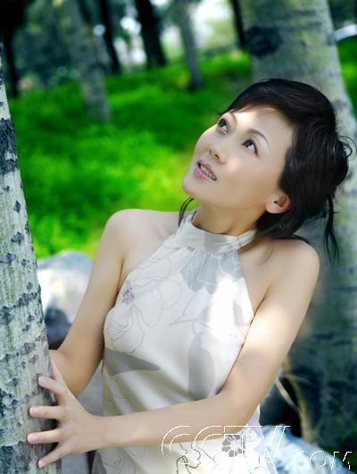 台湾频道 《海峡两岸》的美丽使者——柴璐 > 正文      对于未来
