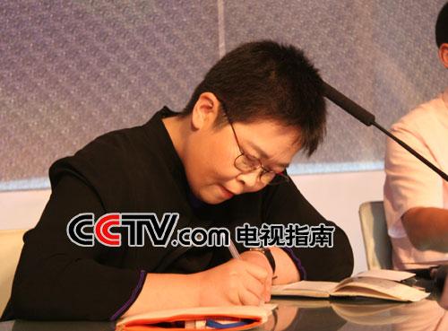 张越评委:中央电视台《半边天》节目主持人